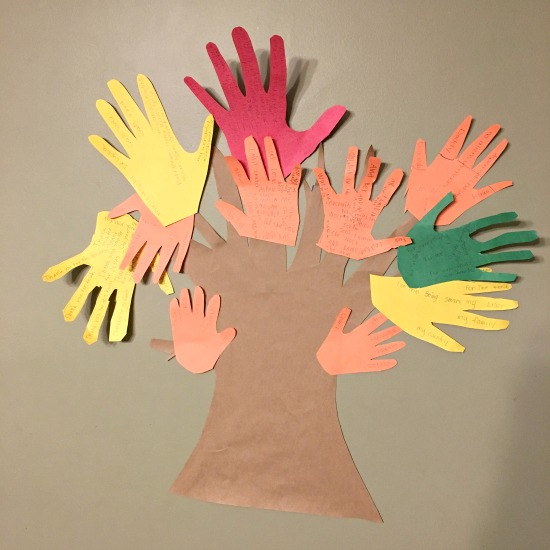 Blessing Tree Craft from this week's Large Family Homeschooling Week in Review 11/17/17