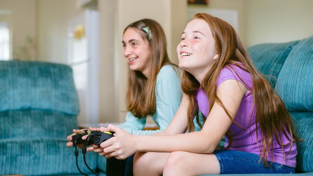 Healthy video gaming for children & teens | Raising Children Network