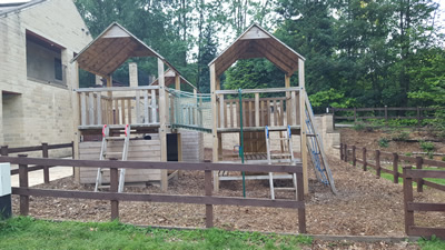 Camping with the kids - Holme Valley Camping and Caravan Park - play area