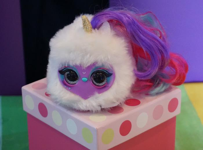 Kids Creative Gift ideas - Pomsie Lumies on a box