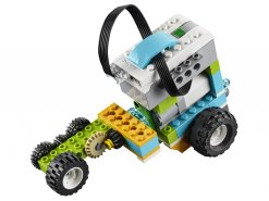 LEGO® Education WeDo 2.0 geared robot