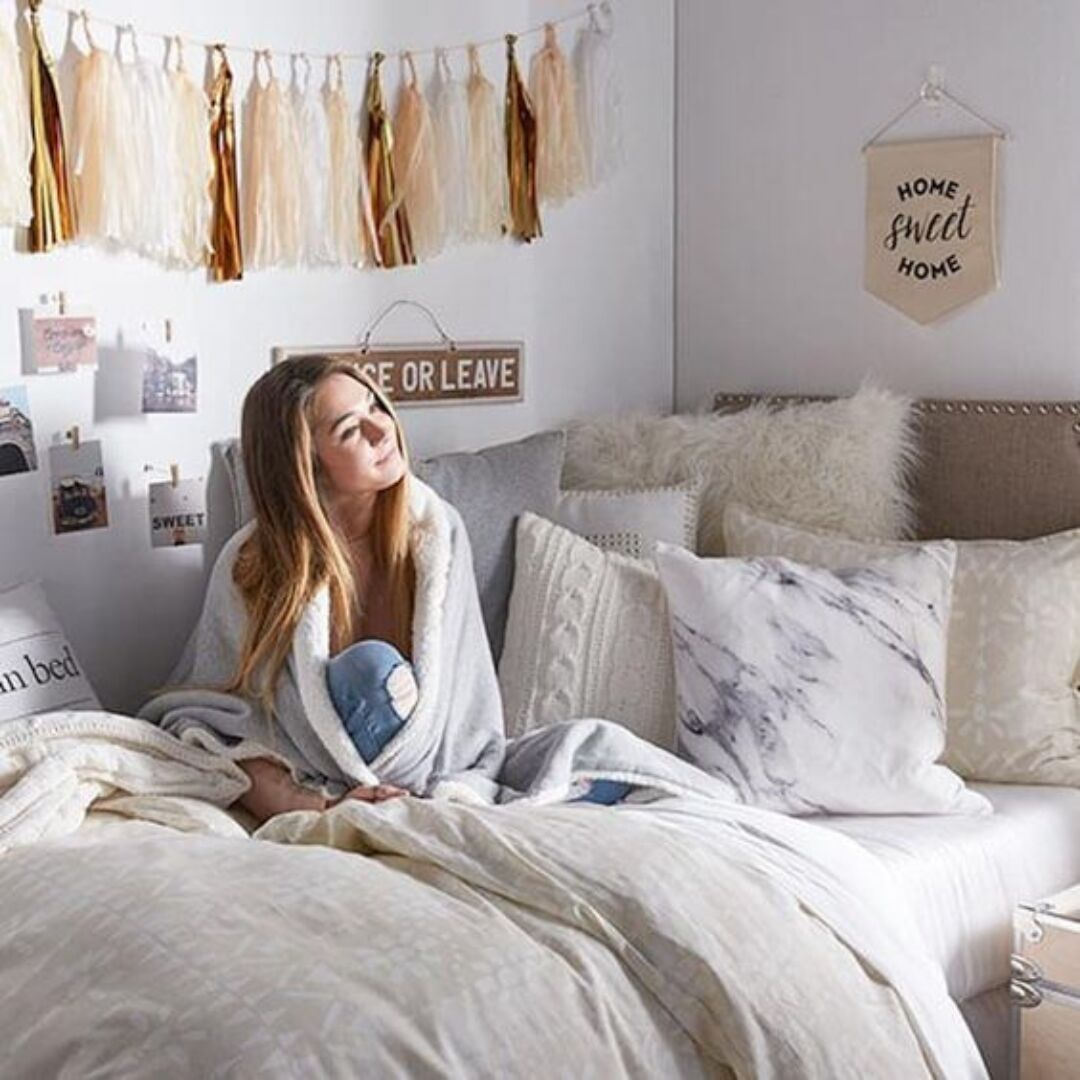 16 Simple Ways To Make Your Dorm Room Feel Like Home Raising Teens Today
