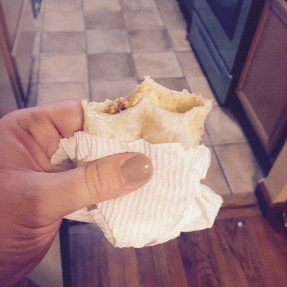 elmontereybreakfast burrito