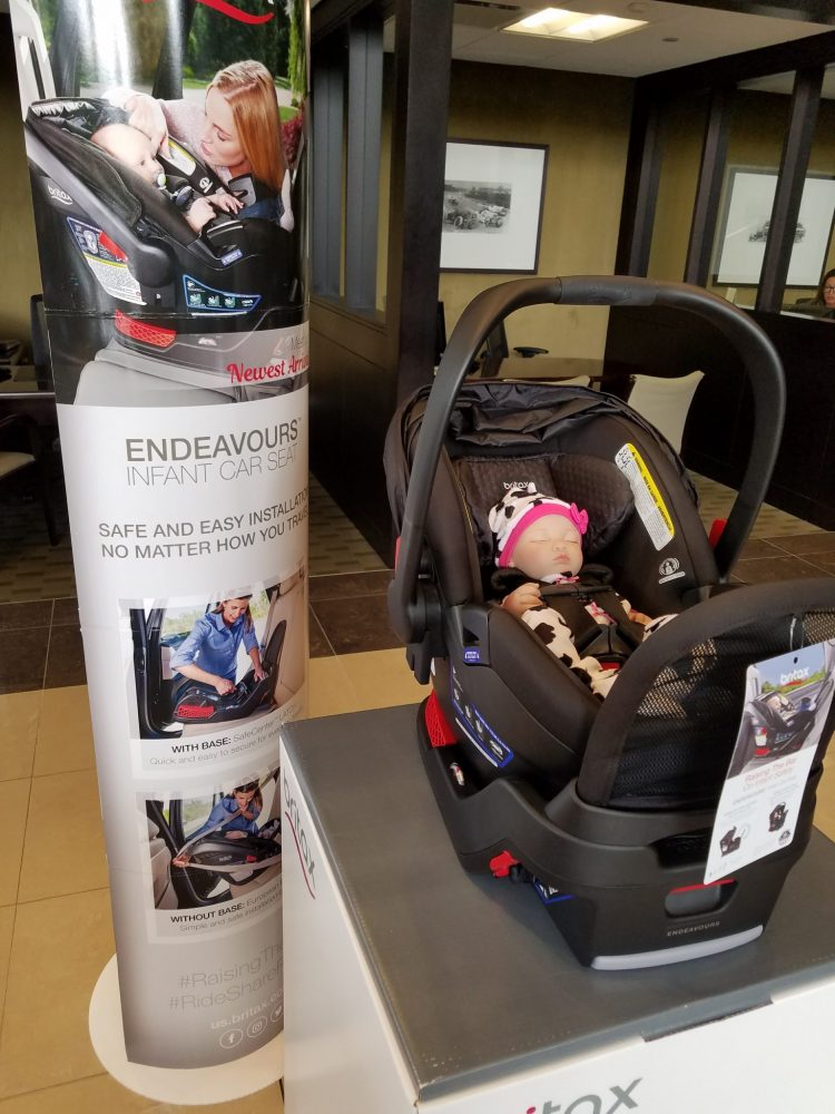 You Can Use The Endeavours Car Seat With A Base Or Without I Prefer Having In To Allow Click And Go Feature Making It Easier For Me