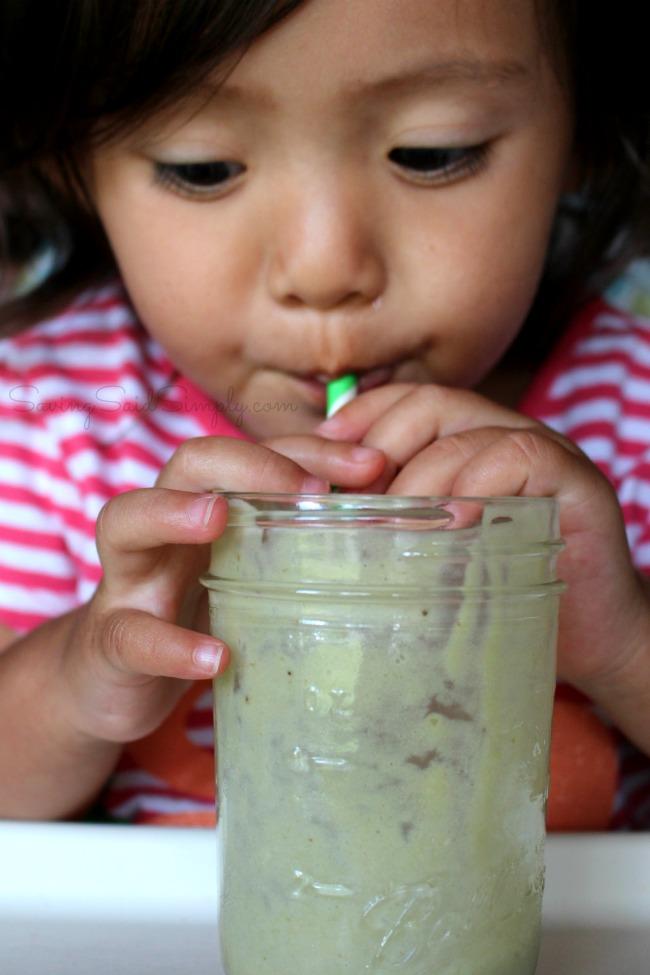 Paleo avocado banana smoothie Paleo Banana Avocado Smoothie Recipe - Creamy and delicious, gluten-free, dairy-free. Kid friendly and taste tested approved! #Recipe #Smoothie #HealthyRecipe #Paleo #GlutenFree #DairyFree