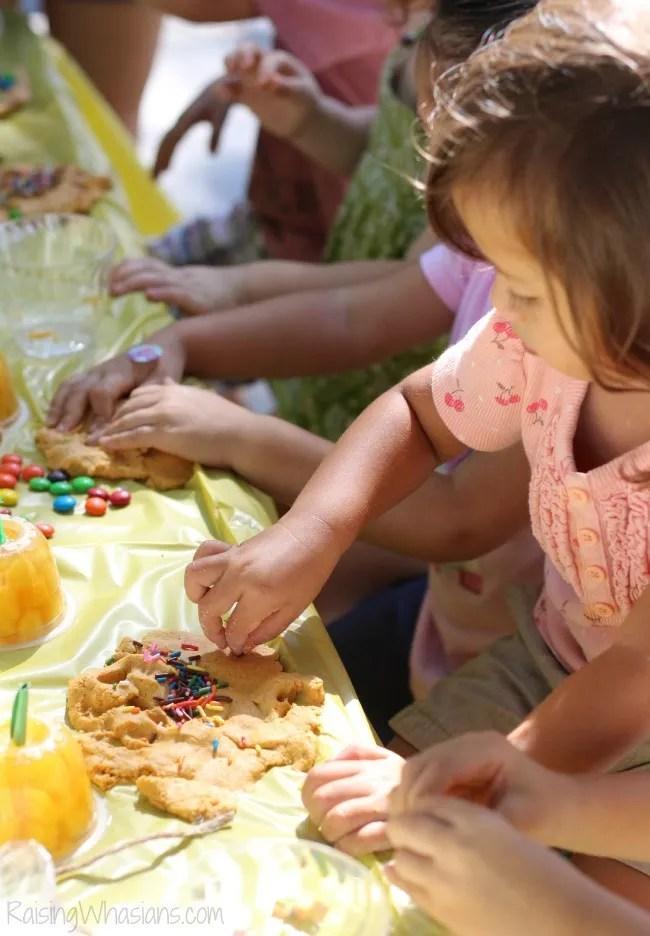 Play dough sensory play ideas