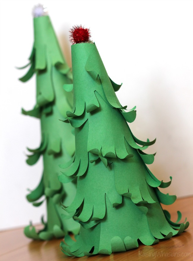 Christmas tree handprint craft