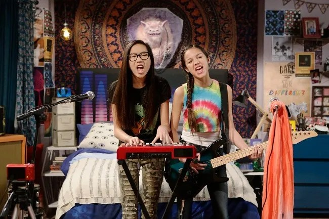 Disney channel Bizaardvark show