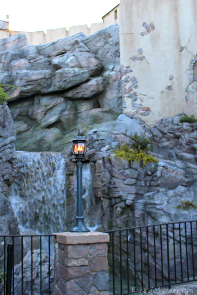 Frozen ever after ride