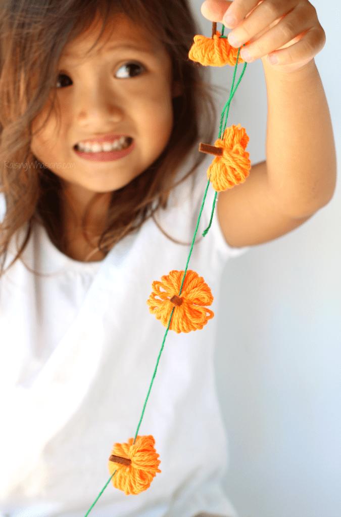 Easy pumpkin garland kids craft
