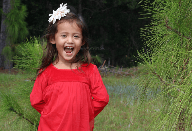 Toddler holiday photo tips