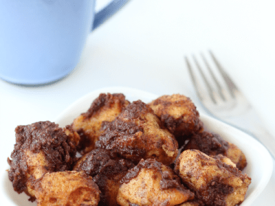 Slow cooker coffee cake monkey bread