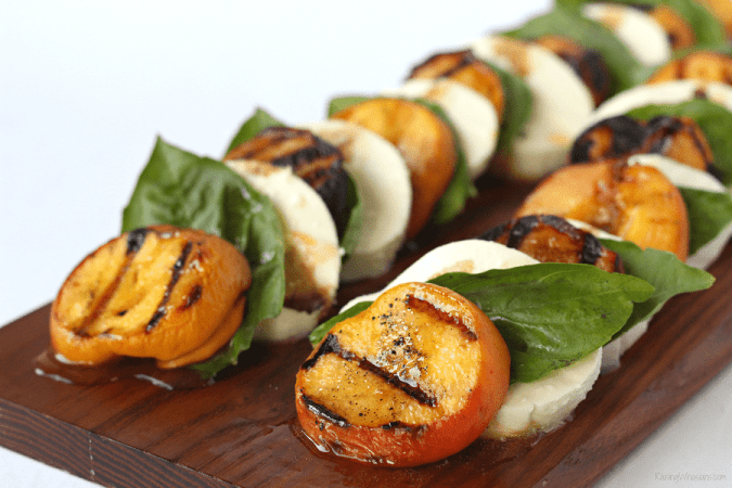 Grilled Peach Caprese Salad with Easy Key Lime Vinaigrette | Florida flavor inspired idea with homemade dressing. Made with a secret ingredient, FL peaches! #Recipe #Salad #HealthyRecipe