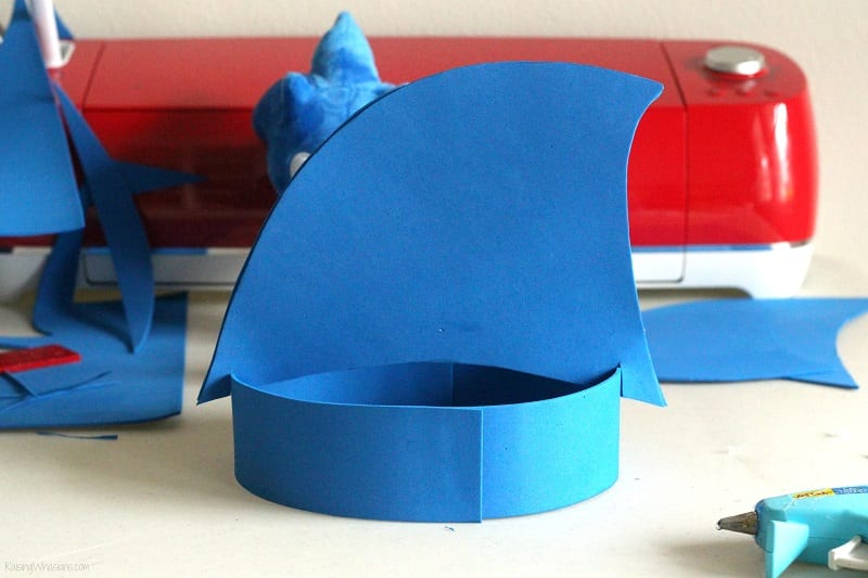 Sonic the hedgehog party hat tutorial
