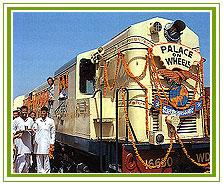 palace-on-wheels-train (1)
