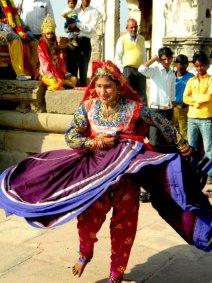 chakri-dance3