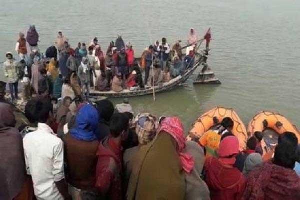 100-passenger-boat-capsized-in-bhagalpur-bihar-5-dead
