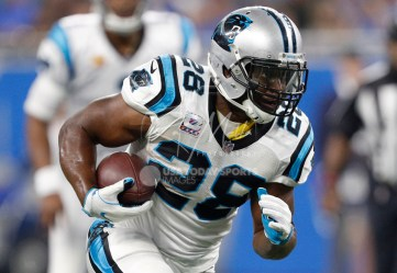 Oct 8, 2017; Detroit, MI, USA; Carolina Panthers running back Jonathan Stewart (28) runs after a catch during the second quarter against the Detroit Lions at Ford Field. Mandatory Credit: Raj Mehta-USA TODAY Sports