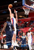 Oct 25, 2017; Detroit, MI, USA; Detroit Pistons forward Henry Ellenson (8) makes a dunk during the fourth quarter against the Minnesota Timberwolves at Little Caesars Arena. Mandatory Credit: Raj Mehta-USA TODAY Sports
