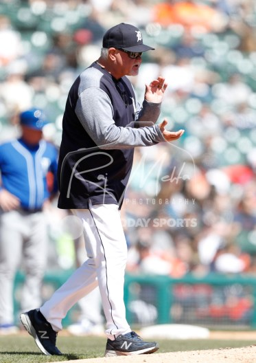 Apr 22, 2018; Detroit, MI, USA; Detroit Tigers manager Ron Gardenhire claps as he walks to the mound during the sixth inning against the Kansas City Royals at Comerica Park. Mandatory Credit: Raj Mehta-USA TODAY Sports