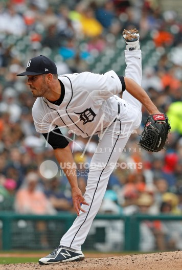 Jul 22, 2018; Detroit, MI, USA; Detroit Tigers starting pitcher Drew VerHagen (54) pitches the ball during the fourth inning against the Boston Red Sox at Comerica Park. Mandatory Credit: Raj Mehta-USA TODAY Sports