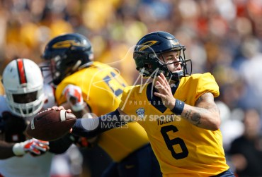 Sep 15, 2018; Toledo, OH, USA; Toledo Rockets quarterback Mitchell Guadagni (6) passes the ball during the third quarter against the Miami Hurricanes at Glass Bowl. Mandatory Credit: Raj Mehta-USA TODAY Sports