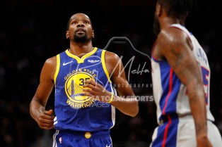 Dec 1, 2018; Detroit, MI, USA; Golden State Warriors forward Kevin Durant (35) looks up during the third quarter against the Detroit Pistons at Little Caesars Arena. Mandatory Credit: Raj Mehta-USA TODAY Sports