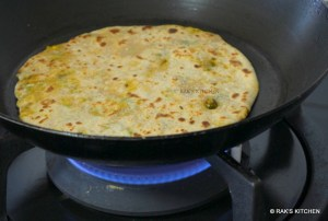 how to make mooli paratha step 12