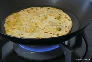 how to make mooli paratha step 12