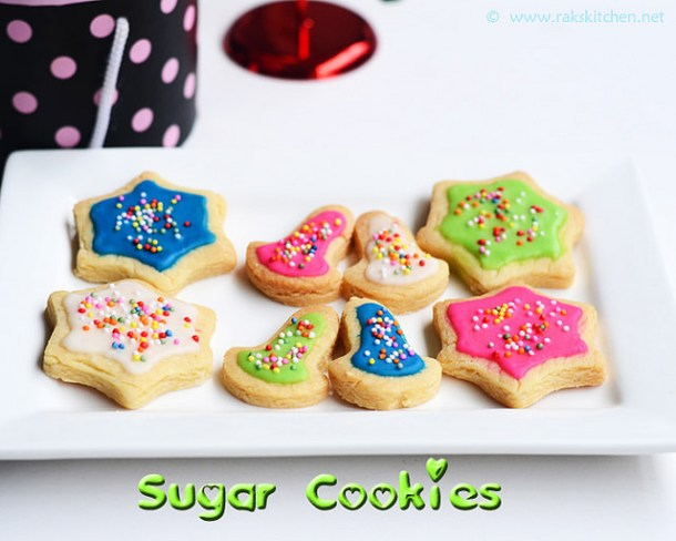 Sugar-cookies-with-icing