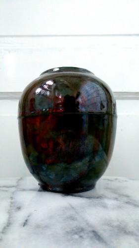 Raku pottery vase called Minokawa