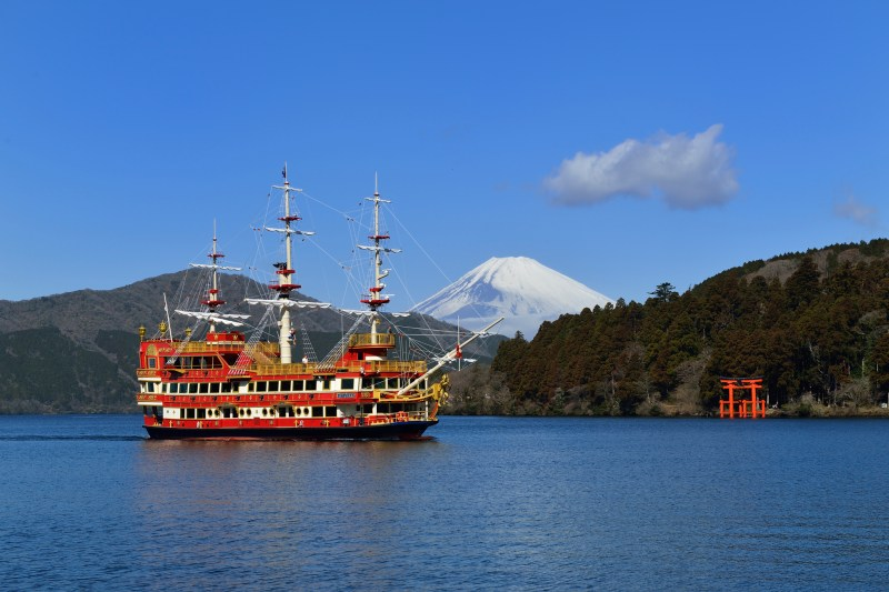 hakone_pirate_ship