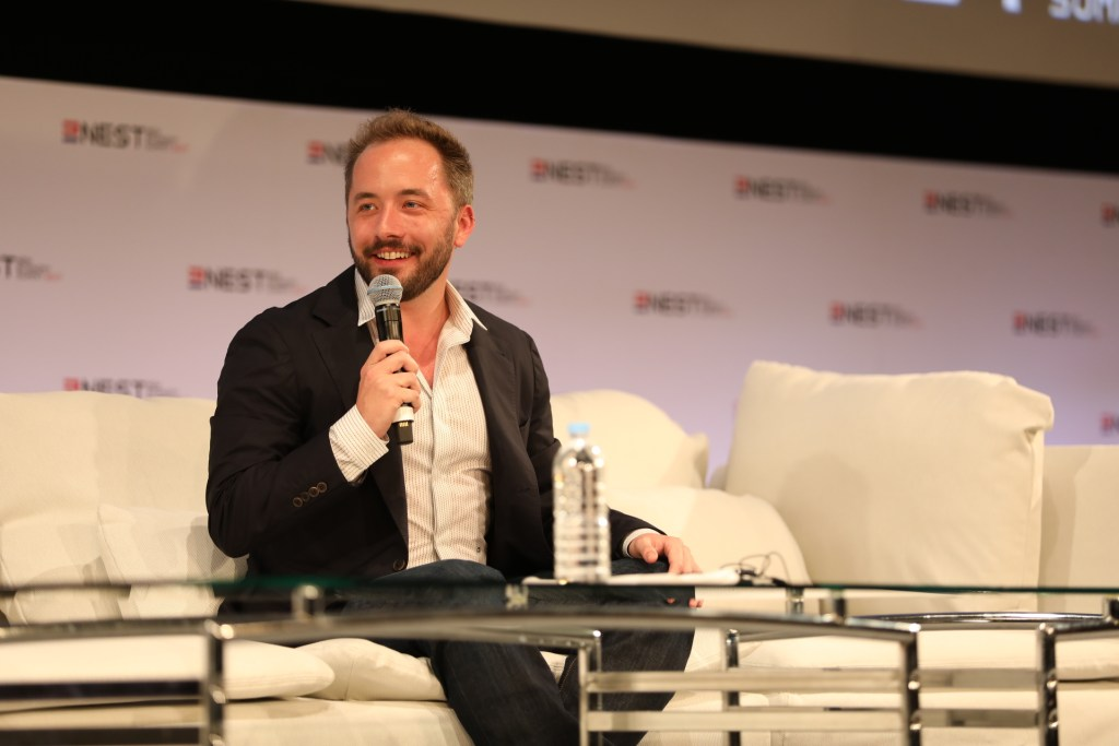 Drew Houston of Dropbox spoke about how services like Dropbox could help the Japanese economy by transforming work practices.