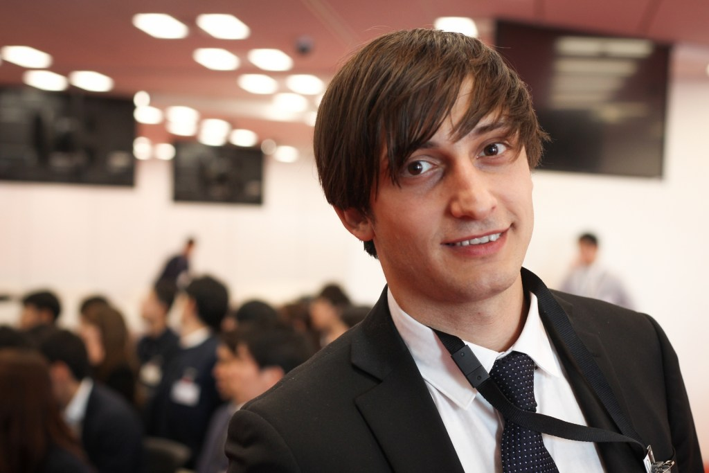 """""""Make a difference."""" A desire to empower the world brought Ilya Shirokoradyuk to Rakuten. He was attracted to the company's global side. """"It's not a typical Japanese company."""""""
