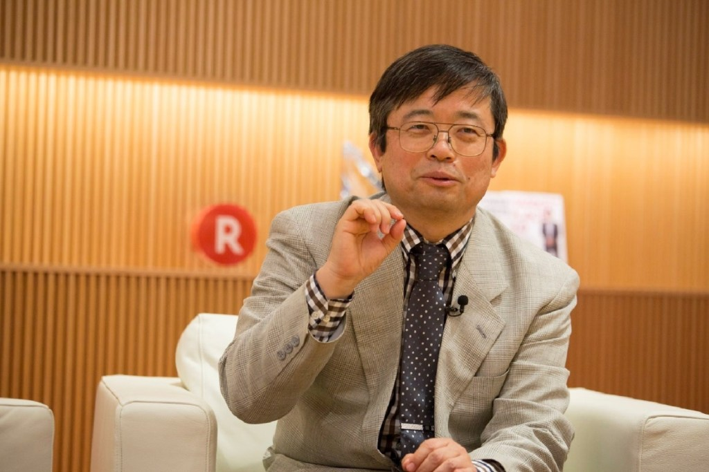 """As a doctor working with cancer, I felt like I was reaching the limit of what I could do with traditional cancer treatments like surgery, radiation therapy and chemotherapy,"" explained Dr. Hisataka Kobayashi, senior investigator at the National Institutes of Health, of his decision to start researching new treatments."