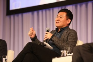 """""""Are we going to see a cashless economy in the near future? In 30 or 40 years, I'm 100% sure it will take place"""" said Rakuten CEO Hiroshi """"Mickey"""" Mikitani."""