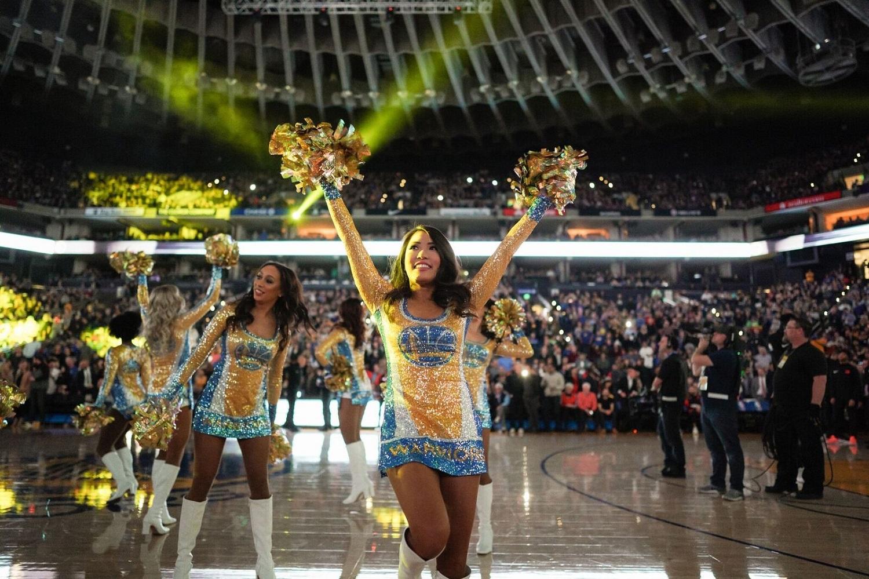 楽天社員でありながら、NBA「ゴールデンステート・ウォリアーズ」のチアダンサー!伊藤奈美さんの挑戦