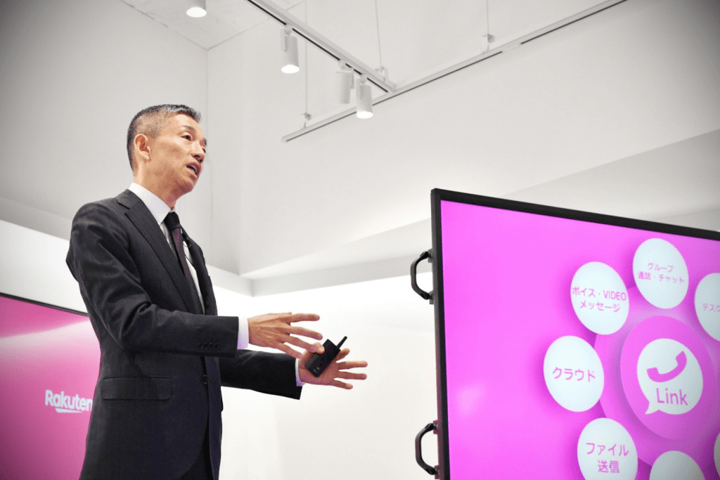 Rakuten Mobile President Yoshihisa Yamada highlights the benefits of Rakuten Mobile's network during the grand launch of new flagship store in Ebisu.