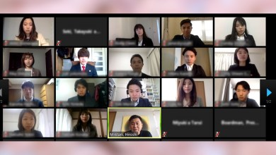 In order to prioritize employee safety, Rakuten welcomed this year's new grads with a video conference call featuring a personal message from Mickey Mikitani.