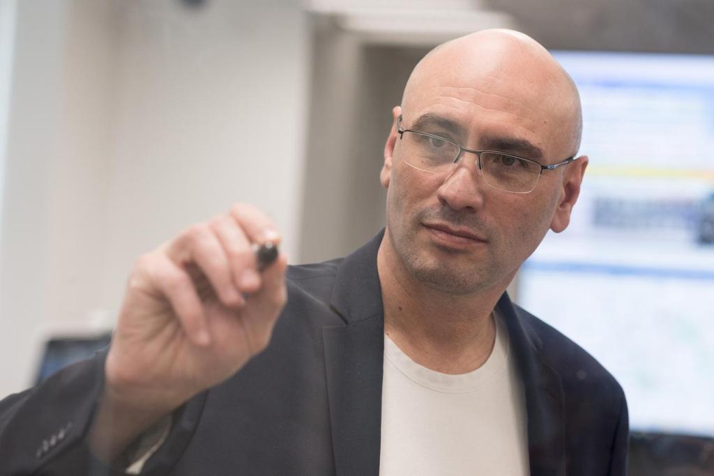 Sagiv Draznin is guiding Rakuten Mobile's transformation into a functioning network.