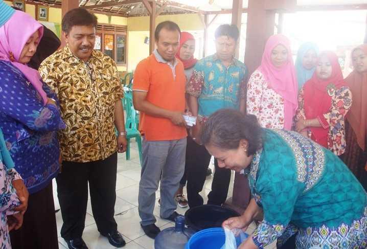 BUMDes Ngujung Temayang, Gelar Pelatihan Teknik Pembuatan Sabun Non Soda Api 1