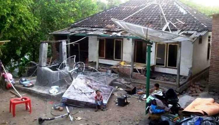 Diserang Warga, Jemaah Ahmadiyah Lari
