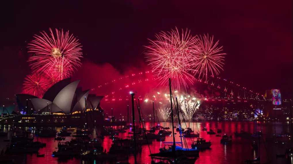 gambar kembang api 2019 australia