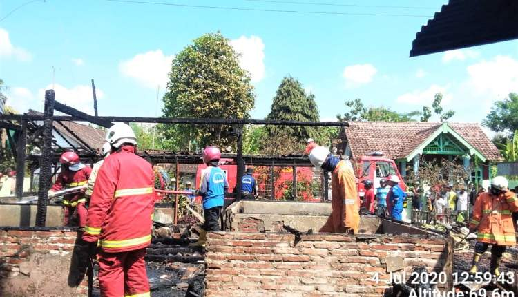 4 Unit Rumah Alami Kebakaran Dengan Kerugian Ratusan Juta,