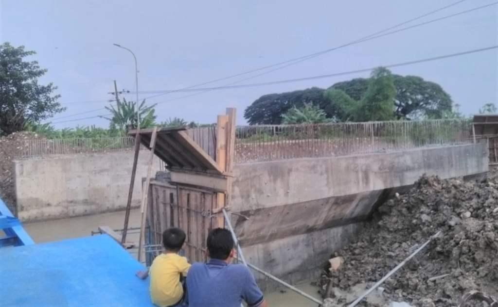 Jembatan Darurat Simbatan, Kanor, Hanyut dan Hilang Diterjang Derasnya Arus Sungai Mekuris 1