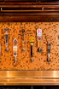 Taps at Flying Saucer