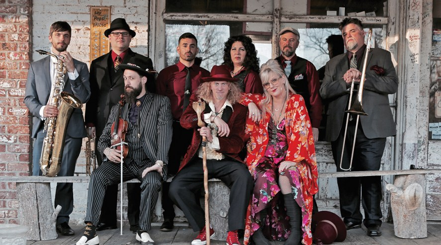 Squirrel Nut Zippers 2018