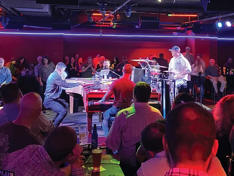 PLUS Dueling Piano Bar