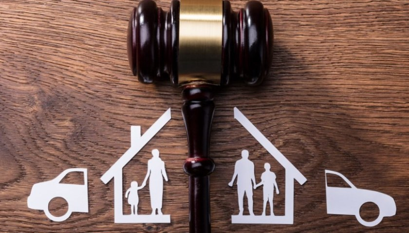 Reasons Why Hire Lawyers To Deal With Family Law Matters