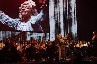 Loredana Grozea - Spiritul Mariei Tanase, prezent pe scena din Banie